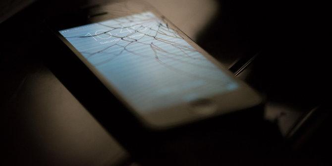 Broken iphone featured