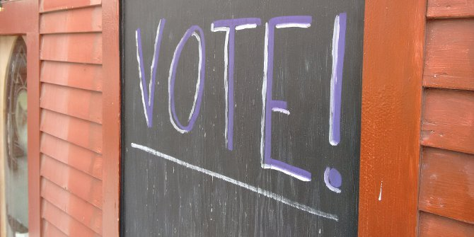 Vote sign featured