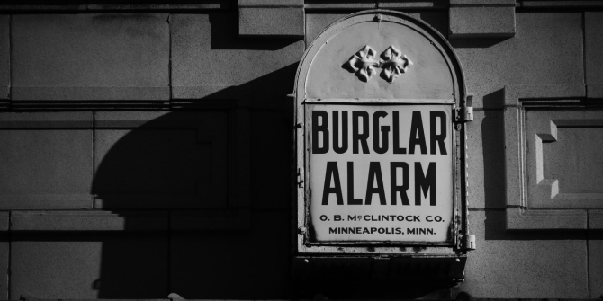 Why crime prevention strategies may be effective against both deliberate and impulsive burglars.